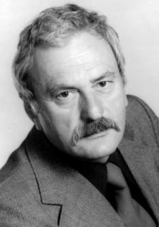 Amza Pellea (n. 7 aprilie 1931 în Băilești, Dolj - d. 12 decembrie 1983, București), actor român de teatru și film