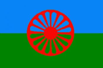 Steagul rromilor - foto: cersipamantromanesc.wordpress.com