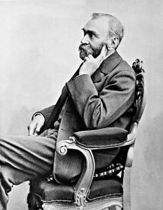 Alfred Nobel (n. 21 octombrie 1833, Stockholm - d. 10 decembrie 1896, San Remo, în Italia, chimist, inventator și om de afaceri suedez. Printre altele, el a inventat dinamita și a întemeiat fundația ce oferă anual faimoasele Premii Nobel - foto - ro.wikipedia.org