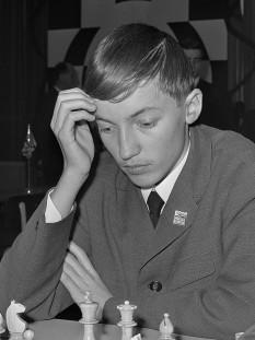 Anatoly Karpov (1967) campionul rus de sah - foto - en.wikipedia.org