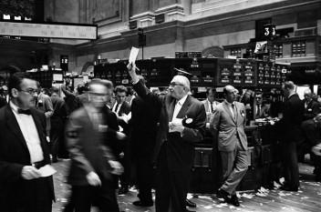 Bursa de pe Wall Street - foto preluat de pe cersipamantromanesc.com