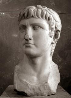 Decimus Claudius Nero Germanicus, cunoscut sub numele de Germanicus (24 mai 15 î.Hr. - 10 octombrie 19), general al Imperiului Roman - foto (Germanicus - copie găsită la Cordoba, Spania, după bustul sculptat cu ocazia adoptării sale de către Tiberius): cersipamantromanesc.com