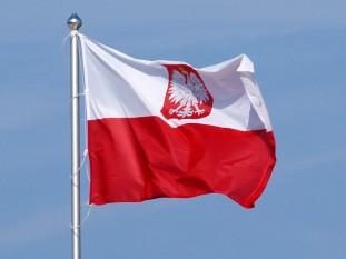 Drapelul Poloniei - foto - ro.wikipedia.org