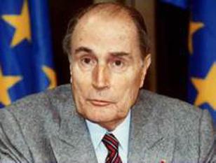 François Mitterrand (n. 26 octombrie 1916 Jarnac – d. 8 ianuarie 1996, Paris), președinte al Franței între anii 1981-1995 - foto: cersipamantromanesc.wordpress.com