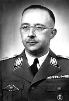 Heinrich Himmler, seful trupelor  naziste SS - foto - en.wikipedia.org