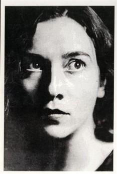 Henriette Yvonne Stahl, romancieră româncă - foto - eroiiromanieichic.ro