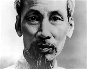 Hồ Chí Minh, cunoscut îndeobște ca Ho Chi Minh (n. 19 mai 1890 – d. 2 septembrie 1969) a fost un om de stat și revoluționar vietnamez, care a devenit ulterior prim-ministru (1946 - 1955) și președinte (1955 - 1969) al Vietnamului de Nord - foto: cersipamantromanesc.com