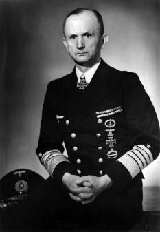 Karl Donitz, amiral, succesorul lui Hitler - foto - en.wikipedia.org