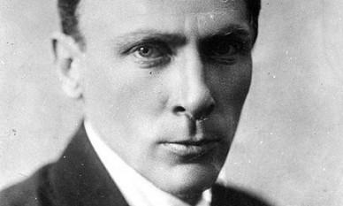 Mihail Bulgakov, romancier și dramaturg sovietic de origine ucraineană - foto preluat de pe cersipamantromanesc.com