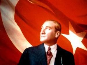 Mustafa Kemal Ataturk,  primul preşedinte al Turciei - foto preluat de pe cersipamantromanesc.com