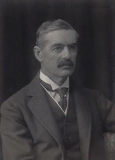 Neville Chamberlain, premier al Marii Britanii - foto - en.wikipedia.org