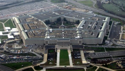 The Pentagon, headquarters of the United States Department of Defense, taken from an airplane in January 2008 - foto preluat de pe en.wikipedia.org