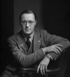 Prince Bernhard of Lippe-Biesterfeld in 1942 - foto - en.wikipedia.org