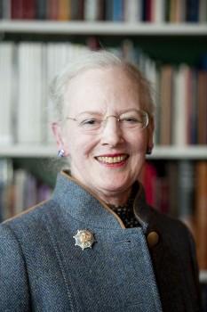 Margareta a II-a (Alexandrine Þórhildur Ingrid Margrethe) (n. 16 aprilie 1940) este regina actuală a Danemarcei - in imagine, Margareta a II-a în 2012  - foto - ro.wikipedia.org