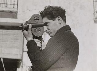 Robert Capa - foto - ro.wikipedia.org