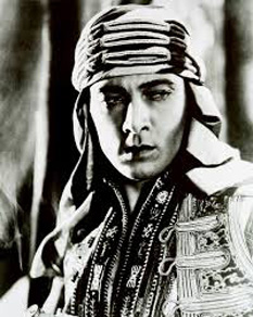 Rudolf Valentino sau Rudolph Valentino (n. 6 mai 1895, Castellaneta, Italia – d. 23 august 1926, New York City, New York) actor italian - foto - cersipamantromanesc.wordpress.com