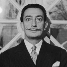 Salvador Dali - foto preluat de pe cersipamantromanesc.wordpress.com