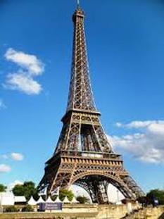 Turnul Eiffel - foto preluat de pe cersipamantromanesc.wordpress.com