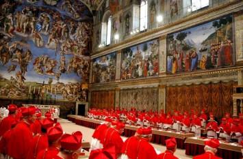 Capela Sixtină este capela palatului papal din Vatican și este una din cele mai faimoase comori artistice ale Europei. A fost construită între anii 1472 și 1483, în timpul pontificatului papei Sixtus al IV-lea, de unde îi provine numele foto: cugetliber.ro