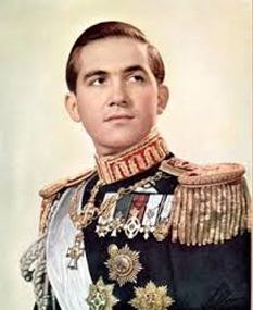 Constantin al II-lea (n. 2 iunie 1940), rege al grecilor din 1964 până la abolirea monarhiei în 1973 - foto - cersipamantromanesc.wordpress.com