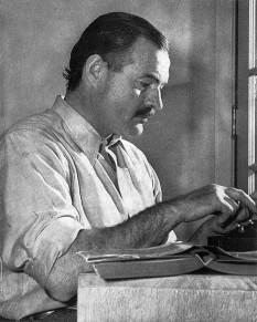 Ernest Miller Hemingway (July 21, 1899 – July 2, 1961) scriitor american - foto - en.wikipedia.org