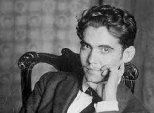 Federico García Lorca (n. 5 iunie 1898, Fuente Vaqueros, Granada - d. 18 august 1936, între Víznar și Alfacar, ibidem) poet, prozator și dramaturg spaniol, cunoscut și pentru talentul său în alte domenii ale artei - foto - cersipamantromanesc.wordpress.com