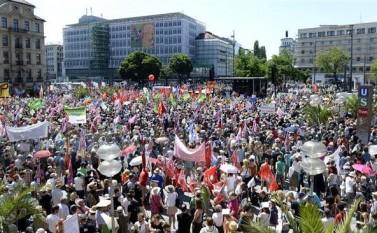 Germania, 4 iunie 2015 în Munchen împotriva summitul G7 - foto - epochtimes-romania.com
