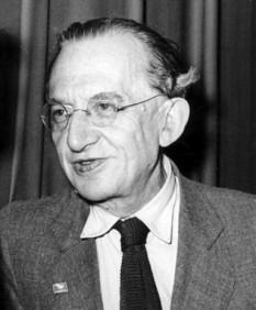 György Lukács (13 April 1885 – 4 June 1971) filosof ungar, istoric literar şi estetician marxist - foto - en.wikipedia.org