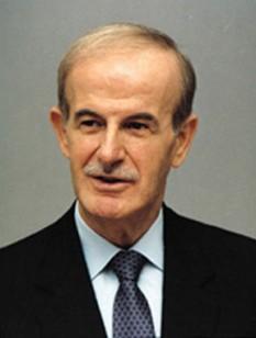 """Hafez al-Assad (6 October 1930 – 10 June 2000)  presedinte-dictator al  Siriei, supranumit  si  """"Leul din  Damasc"""" - foto - en.wikipedia.org"""