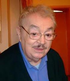 Ion Lucian (n. 22 aprilie 1924 - d. 31 martie 2012, București) actor român de comedie în teatru și film, epigramist, director al teatrului Excelsior, societar de onoare al Teatrului Național București - foto - cersipamantromanesc.wordpress.com