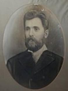 """Ion Pop-Reteganul (n. 10 iunie 1853, Reteag, districtul Năsăud - d. 3 aprilie 1905, Reteag) a fost un pedagog, prozator, publicist și folclorist, reprezentativ pentru epoca sa, apreciat de Ion Mușlea drept """"cel mai mare folclorist al Ardealului."""" - foto - cersipamantromanesc.wordpress.com"""