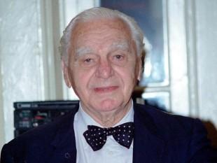 Ion Augustin Nicolae Rațiu (n. 6 iunie 1917, Turda – d. 17 ianuarie 2000, Londra) a fost un politician român, reprezentant al Partidului Național Țărănesc (devenit ulterior PNȚCD) - foto: gandul.info