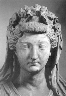 Julia Drusilla (16 September 16 AD – 10 June 38 AD) sora imparatului roman Caligula - foto - cersipamantromanesc.wordpress.com