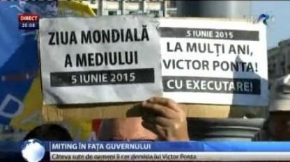 Manifestaţie la guvern - foto - stiri.tvr.ro