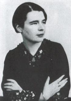 Marguerite Yourcenar (8 June 1903 – 17 December 1987) scriitoar franceza - foto - en.wikipedia.org