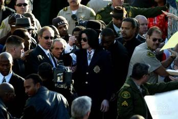 Michael Jackson - Santa Maria, California -    2005 - foto - spokeo.com