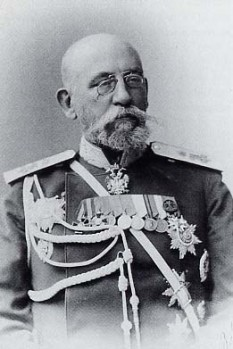 General-Governor Nikolay Ivanovich Bobrikov January 27 [O.S. January 15] 1839 in St. Petersburg – June 16 or 17, 1904 in Helsinki, Grand Duchy of Finland) was a Russian soldier and politician -  foto - en.wikipedia.org