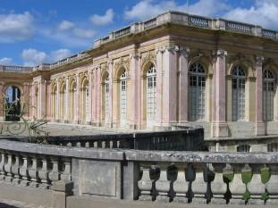 Palatul Chateau de Versailles Trianon, unde a fost semnat tratatul - foto - ro.wikipedia.org