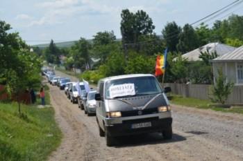 Coloana de maşini a protestatarilor a străbătut satele din comună - foto - adevarul.ro (botosaneanul.ro)