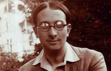 Radu Gyr (n. 2 martie 1905 la Câmpulung Muscel - d. 29 aprilie 1975, București, pseudonimul literar al lui Radu Demetrescu), poet, dramaturg, eseist și gazetar român - foto: cersipamantromanesc.wordpress.com