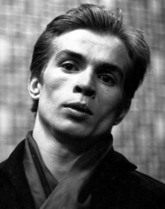 Rudolf Khametovich Nureyev (17 March 1938 – 6 January 1993) was a Soviet-born dancer of ballet and modern dance, one of the most celebrated of the 20th century - foto - stripes.com