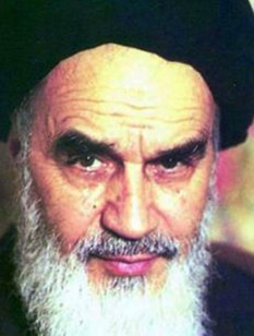 Ayatolahul Ruhollah Musavi Khomeini (n. 24 septembrie, 1902 – d. 3 iunie, 1989) lider politic și religios iranian - foto - ro.wikipedia.org