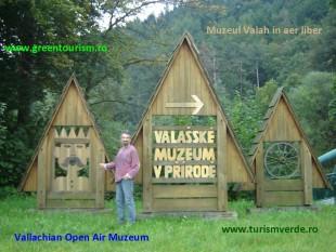 Muzeul Valah de la Roznov - foto - cubreacov.wordpress.com