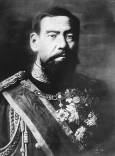 Împăratul Meiji (n. 3 noiembrie 1852, d. 30 iulie 1912) al 122-lea Împărat al Japoniei, care a domnit între 3 februarie 1867- 30 iulie 1912 - foto - ro.wikipedia.org