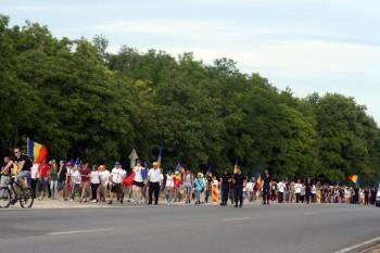 Frații de peste Prut vin să ceară Unirea la București - foto - facebook.com