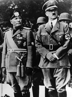 Benito Mussolini și aliatul său, Adolf Hitler - foto - ro.wikipedia.org