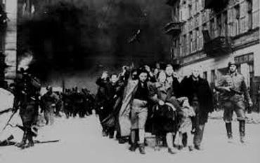 Deportarea evreilor din Ghetoul Varşoviei -  foto - cersipamantromanesc.wordpress.com