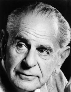 Sir Karl Raimund Popper (n. 28 iulie 1902, Viena - d. 17 septembrie 1994, Londra) filozof englez de origine austriacă, considerat unul din cei mai mari filozofi ai științei din secolul al XX-lea - foto - ro.wikipedia.org