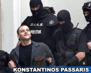 """Konstantinos (Kostas) Passaris este un cetățean grec, condamnat la închisoare în România. Supranumit """"Fiara din Balcani"""", Konstantinos Passaris a fost condamnat în 2003 la închisoare pe viață, în urma unui dublu asasinat și a unui jaf armat comis în noiembrie 2001 la o casă de schimb din București[1][2][3][4]. Anterior, el fusese condamnat și în Grecia pentru 18 fapte penale, dintre care cinci omoruri - foto - evz.ro"""