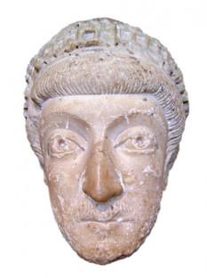 Flavius Theodosius (401 - 450) cunoscut sub numele de Teodosie II cel Tânăr, împărat al Imperiului Bizantin între 408 și 450 - foto - ro.wikipedia.org